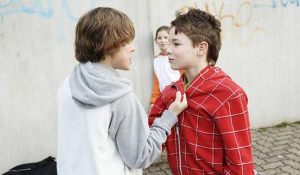 Как помочь детям справиться с конфликтом