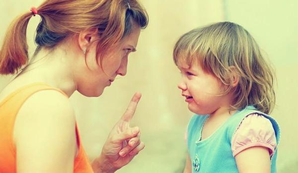 Что делать, если ребенок кусает других детей в детском саду