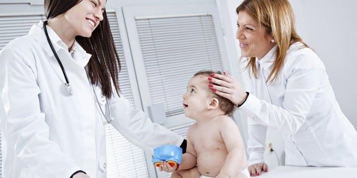 Малыш на приеме у врача