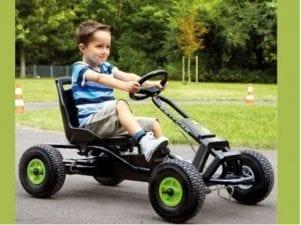 10 лучших детских машин на педалях