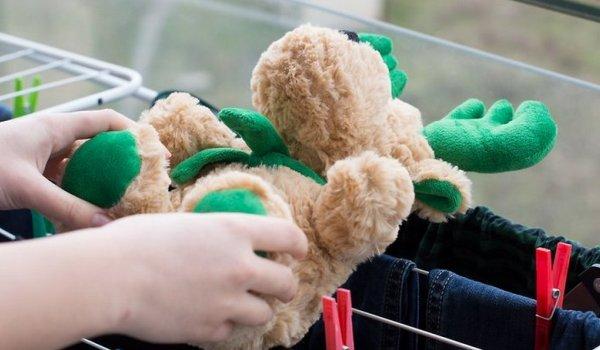 Как правильно стирать мягкие детские игрушки