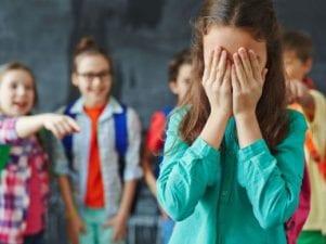 10 признаков того, что ваш ребенок стал жертвой буллинга