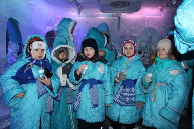 Дети в гостях у Снегурочки в Костроме