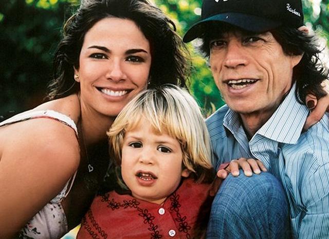 Мик Джаггер с семьей