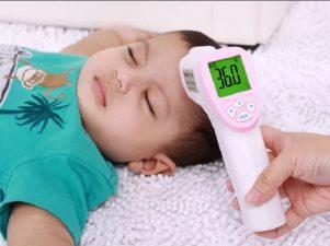 Бесконтактный градусник для детей