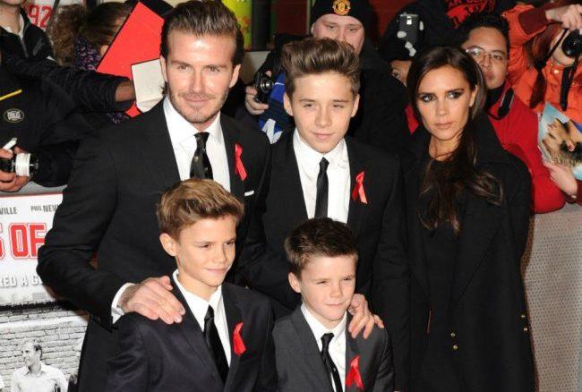 Виктория и Дэвид Бэкхемы с сыновьями
