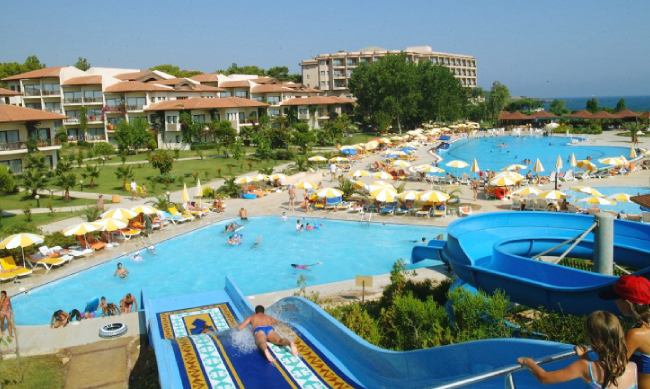 Горки и бассейны в Justiniano club park conti 5*