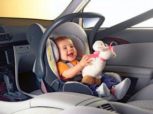 Как правильно перевозить детей в автомобиле