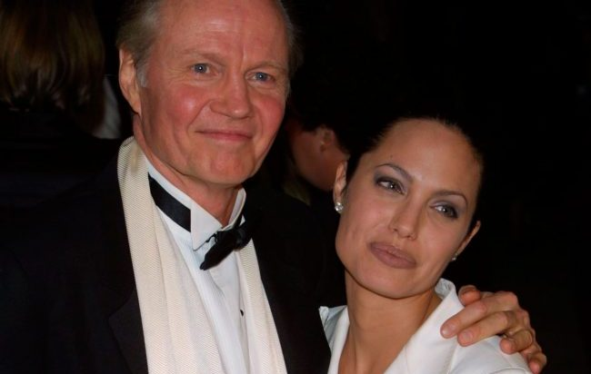 Анджелина Джоли и ее отец - Джон Войт