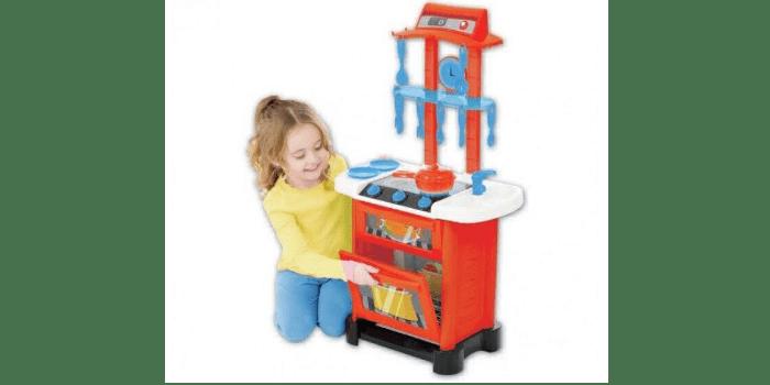Девочка и пластиковый кухонный гарнитур с музыкой и светом HTI Smart 1684089.00