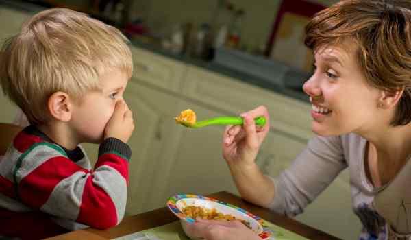 14 способов заставить ваших детей питаться здоровее