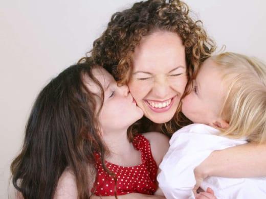 Размер алиментов на двух несовершеннолетних детей составляет