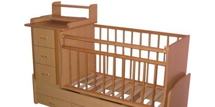 Кроватка-трансформер с пеленальным столиком и тумбой Островок уюта Умка