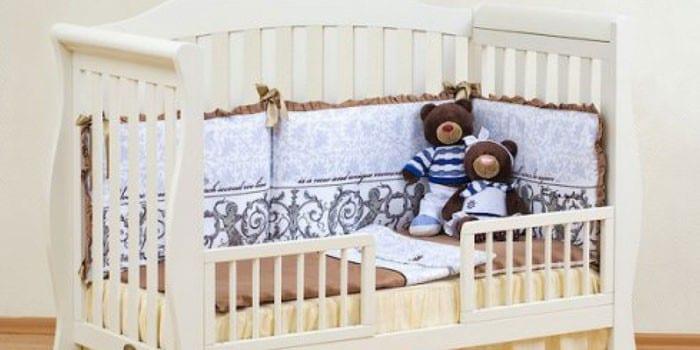 Кроватка-диванчик для новорожденных Bravo Giovanni