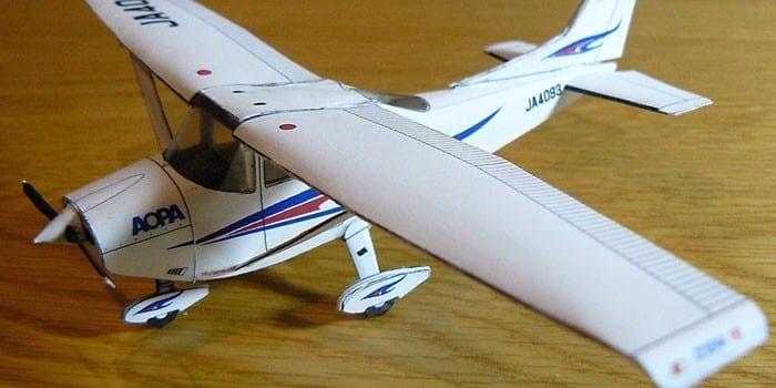 Объемный самолет из бумаги