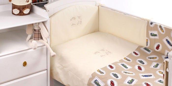 Комплект в детскую кроватку Makkaroni kids Lovely Angels