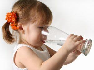 Сколько воды должны пить дети