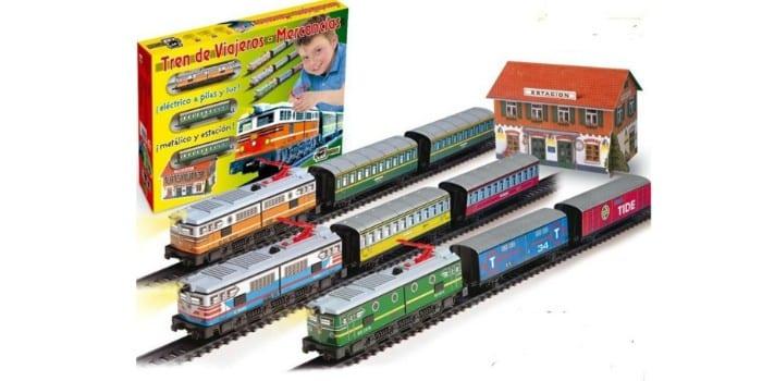 Большая железная дорога со станцией PEQUETREN Passangers train colors