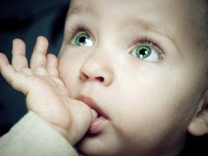 10 причин, по которым сосание большого пальца полезно для малышей