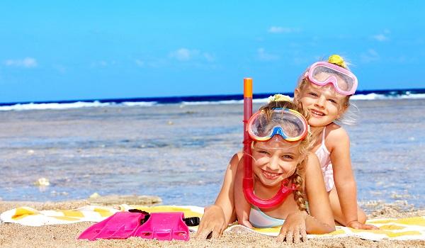 Что нужно знать о действии солнца на кожу ребенка