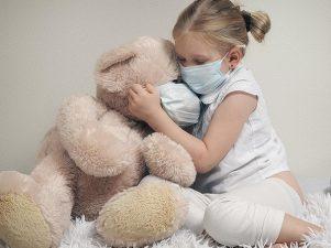 Детей до 5 лет признали главными переносчиками коронавируса