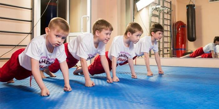 Дети в спортивной секции