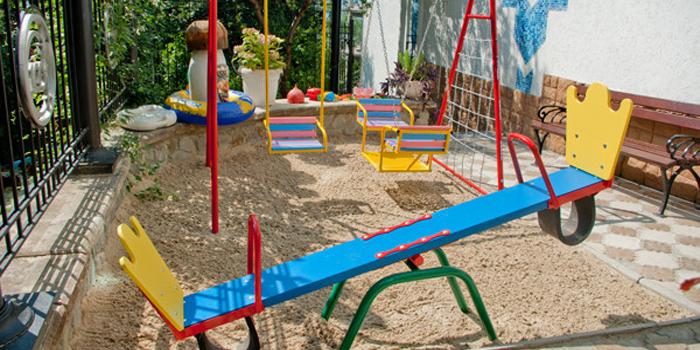 Детская площадка отеля