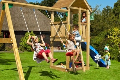 Детские качели: модели для дома