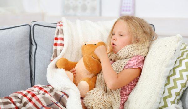 9 натуральных средств от кашля для малышей