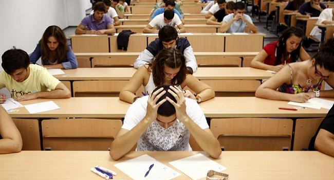 Власти допускают отмену выпускных экзаменов в вузах