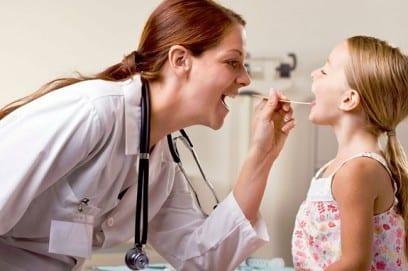 Герпетическая ангина у детей: симптомы и лечение