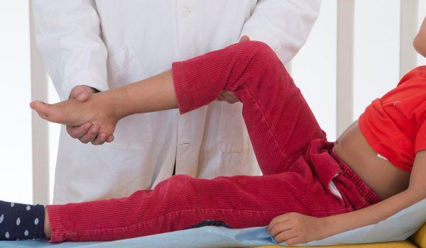 Боль в суставах у детей: когда следует беспокоиться