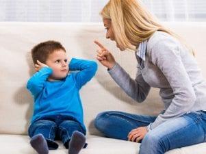 16 поступков родителей, которые раздражают детей
