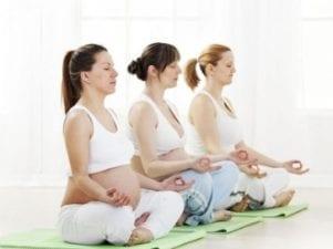 Йога для беременных в домашних условиях
