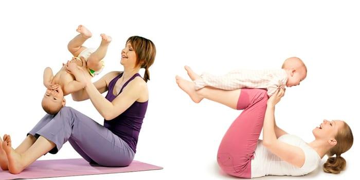 Мама с малышом занимаются динамической гимнастикой