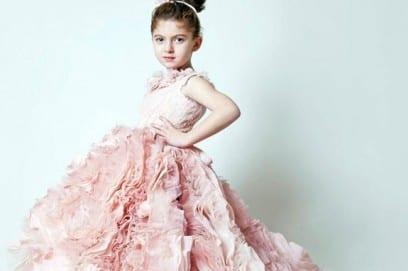 Нарядные платья для девочек: как выбрать красивую одежду