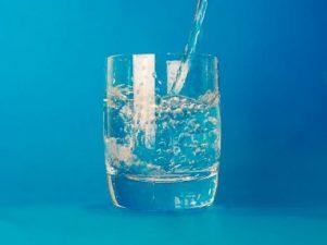 Можно или нет пить воду во время еды