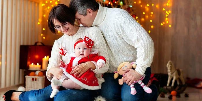 Новогодняя фотосессия с грудным ребенком