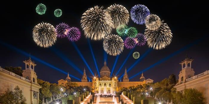 Новогодний салют в Барселоне
