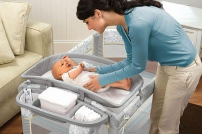 Пеленальный столик: как выбрать модель для новорожденного
