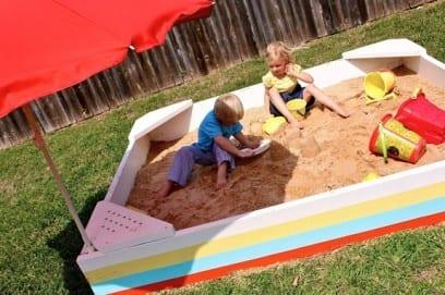 Песочница своими руками: как сделать для ребенка