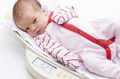 Прибавка в весе у новорожденных по месяцам в первый год жизни