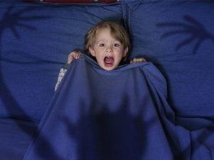 10 типичных детских страхов и способы их преодоления