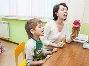 Вехи развития речи у детей: что и в каком возрасте должен говорить ребенок