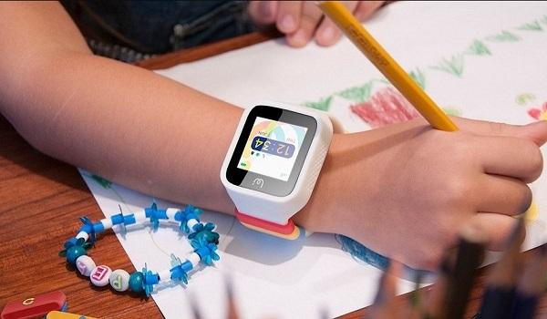 Почему не стоит покупать детям смарт-часы