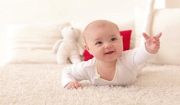 5 простых развивающих игр с младенцем