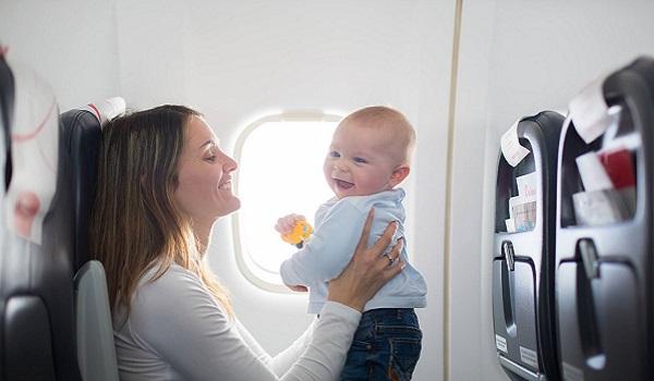 Новые правила перевозки маленьких детей в самолете