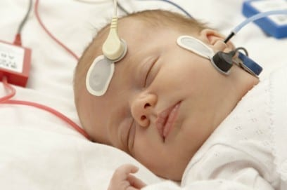Скрининг новорожденных: как проводится процедура
