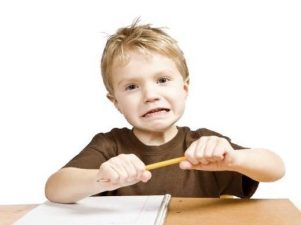 4 основных причины стресса у ребенка