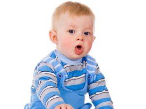 Что означает хрипящий кашель у младенцев и малышей